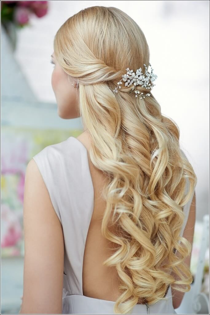 Hairstyles Half Up For The Elegant Hairstyle