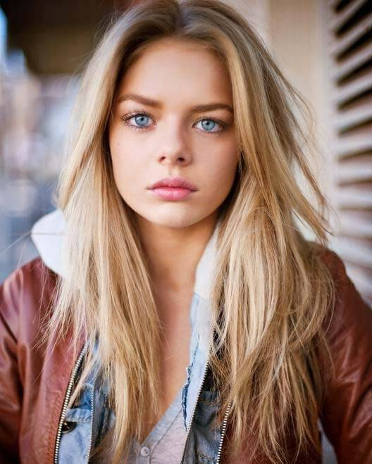 best brown hair color for blue eyes