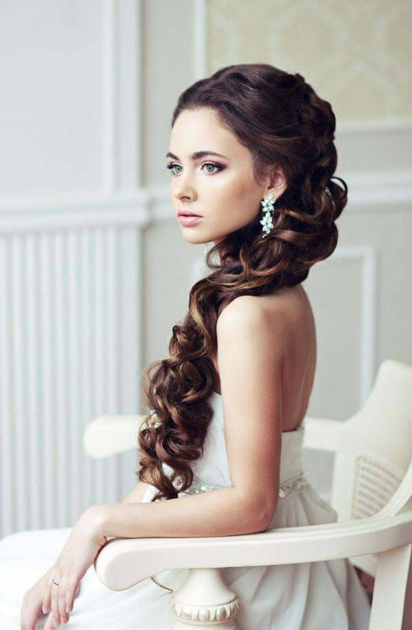 hairstyles to the side