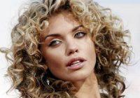 coloring natural curly hair