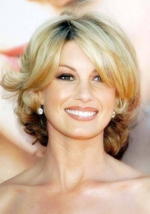 Short And Medium Hairstyles Women Over 40