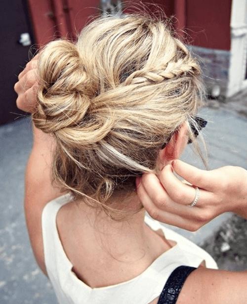 simple hairstyles bun ideas